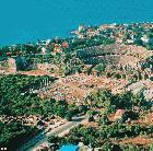 Side Amphitheater