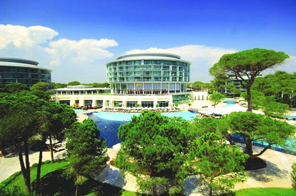 Außenansicht des Hotels Calista Luxury Resort