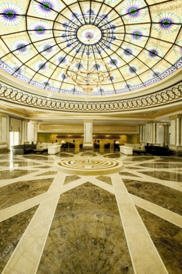 Empfangshalle des Hotels Kempinski The Dome Golf Resort in Belek