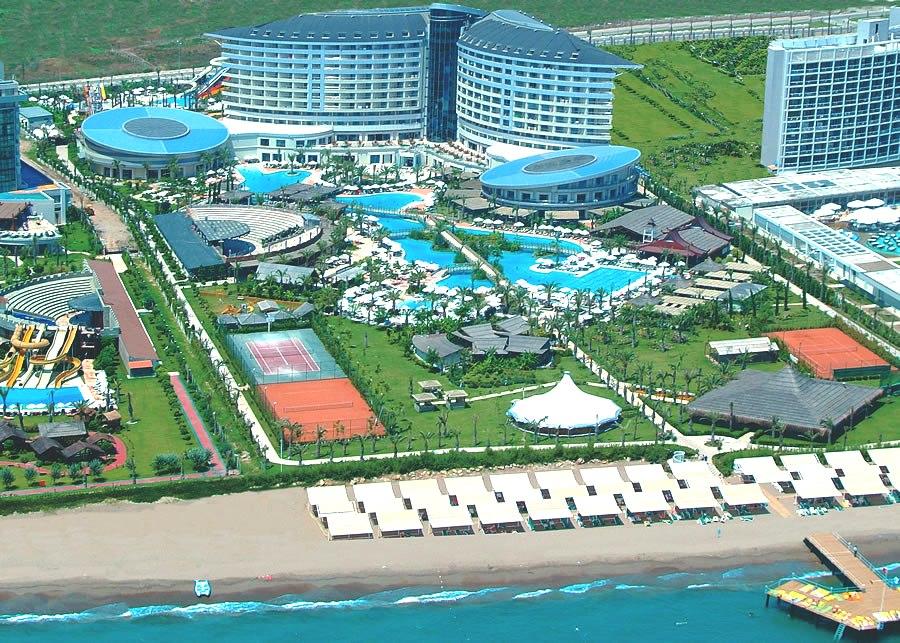 Hotel Concorde Deluxe Resort Booking