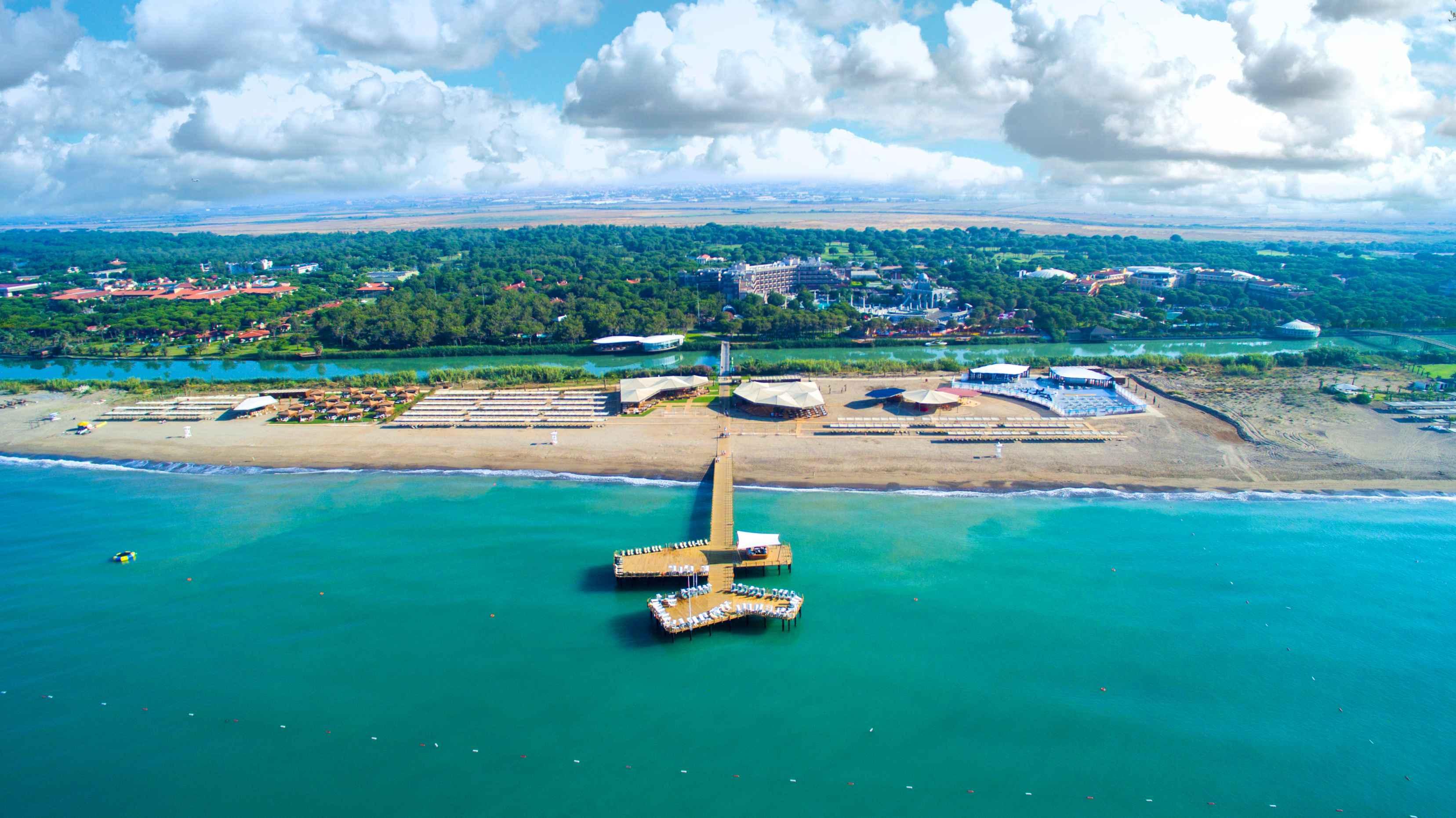 Hotel-Xanadu-Resort-Belek-Gesamtuebersicht-Luftaufnahme1