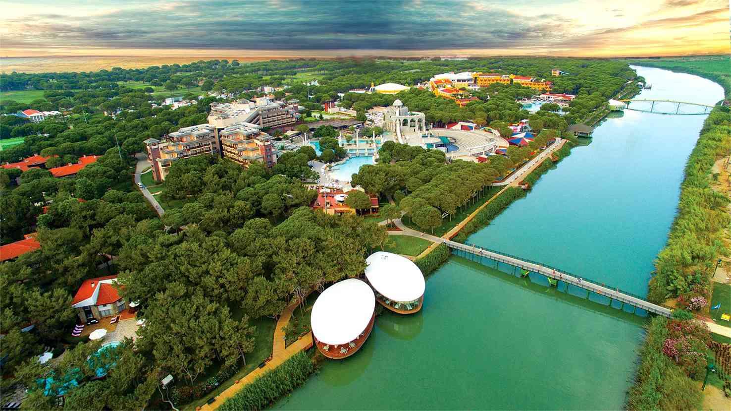 Hotel-Xanadu-Resort-Belek-Luftaufnahme