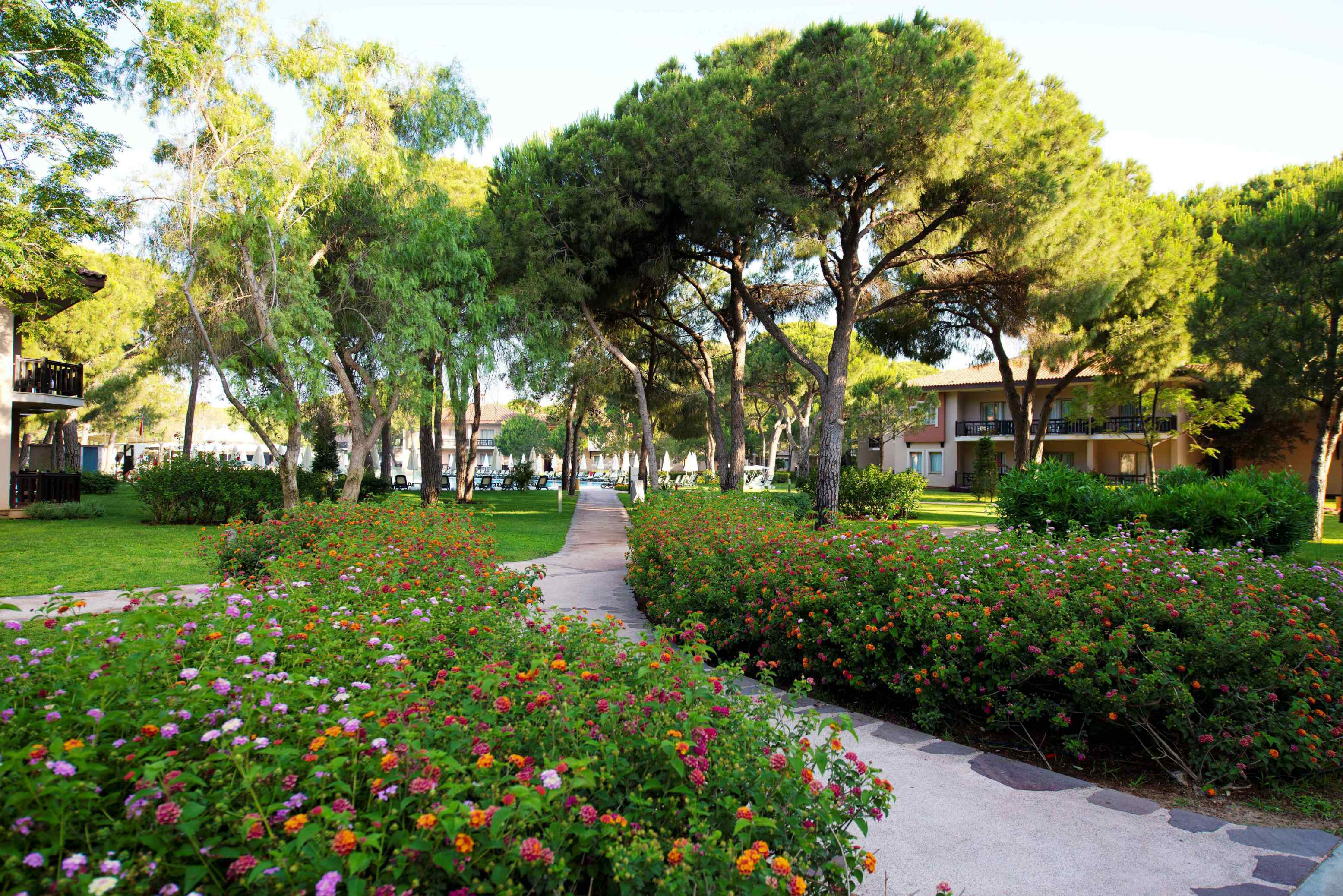 Hotel-Xanadu-Resort-Belek-Secret-Garden-area